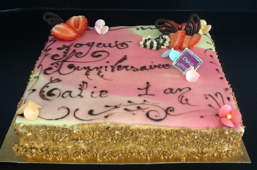 Gâteau d\u0027anniversaire Fraisier